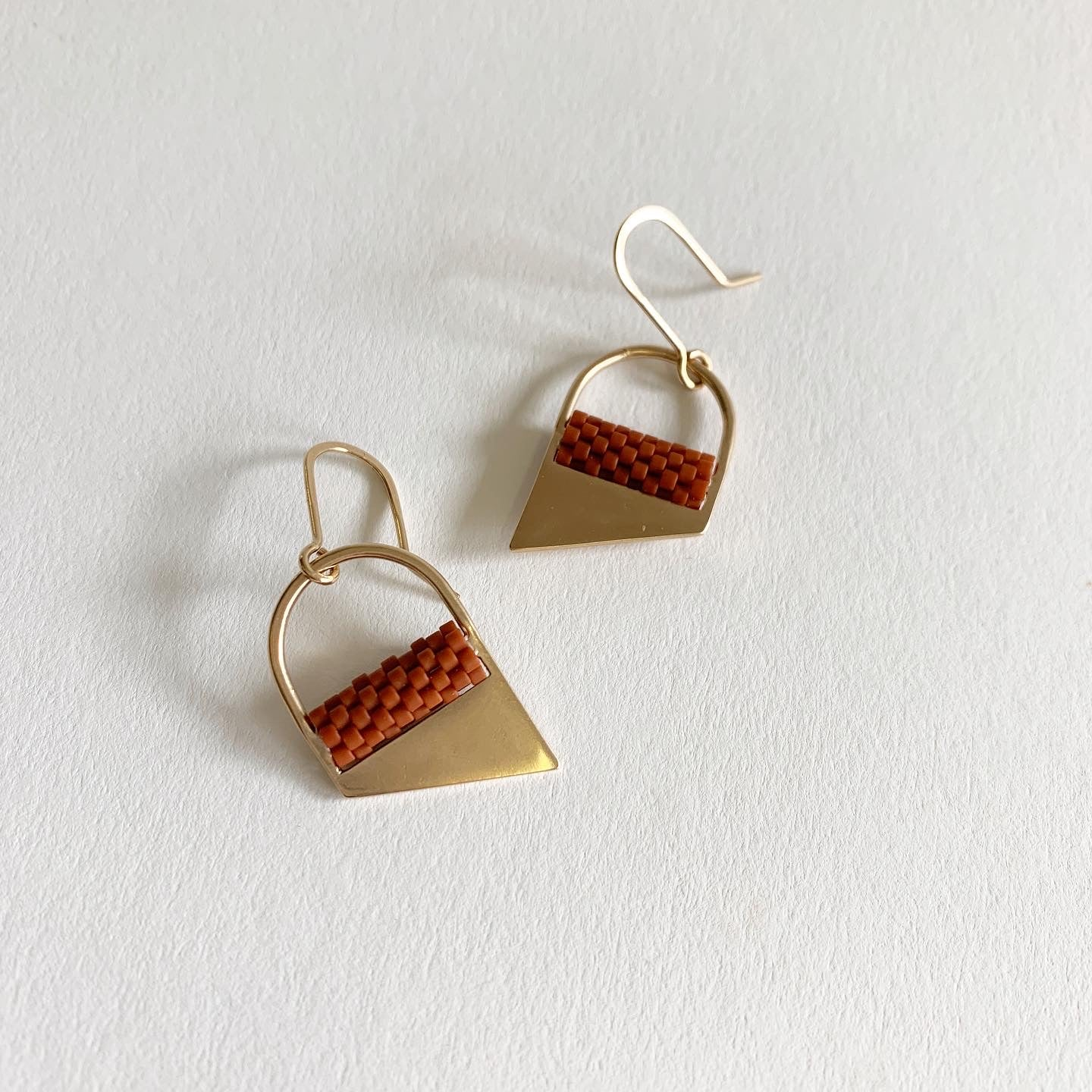 Oru Short Seabeck Earrings