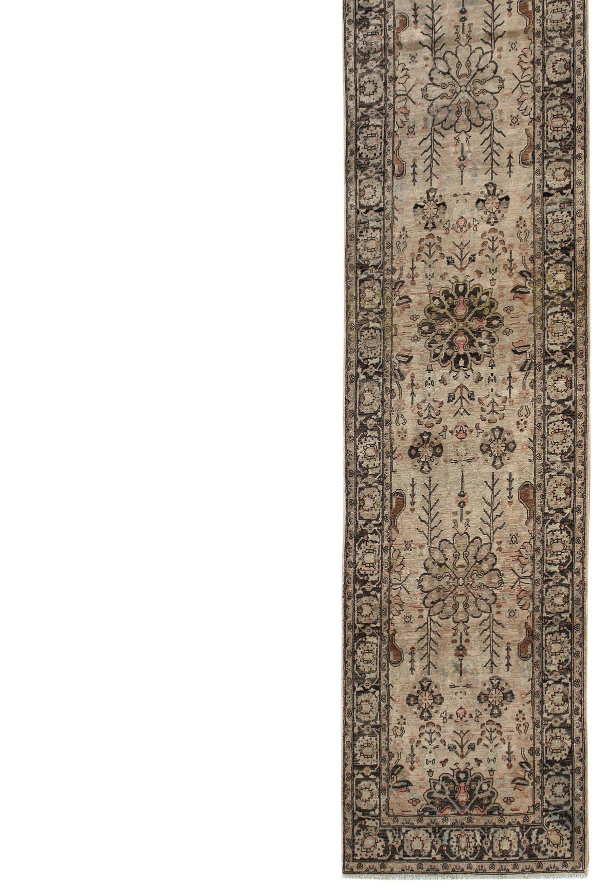 Ferahan Handwoven Traditional Rug