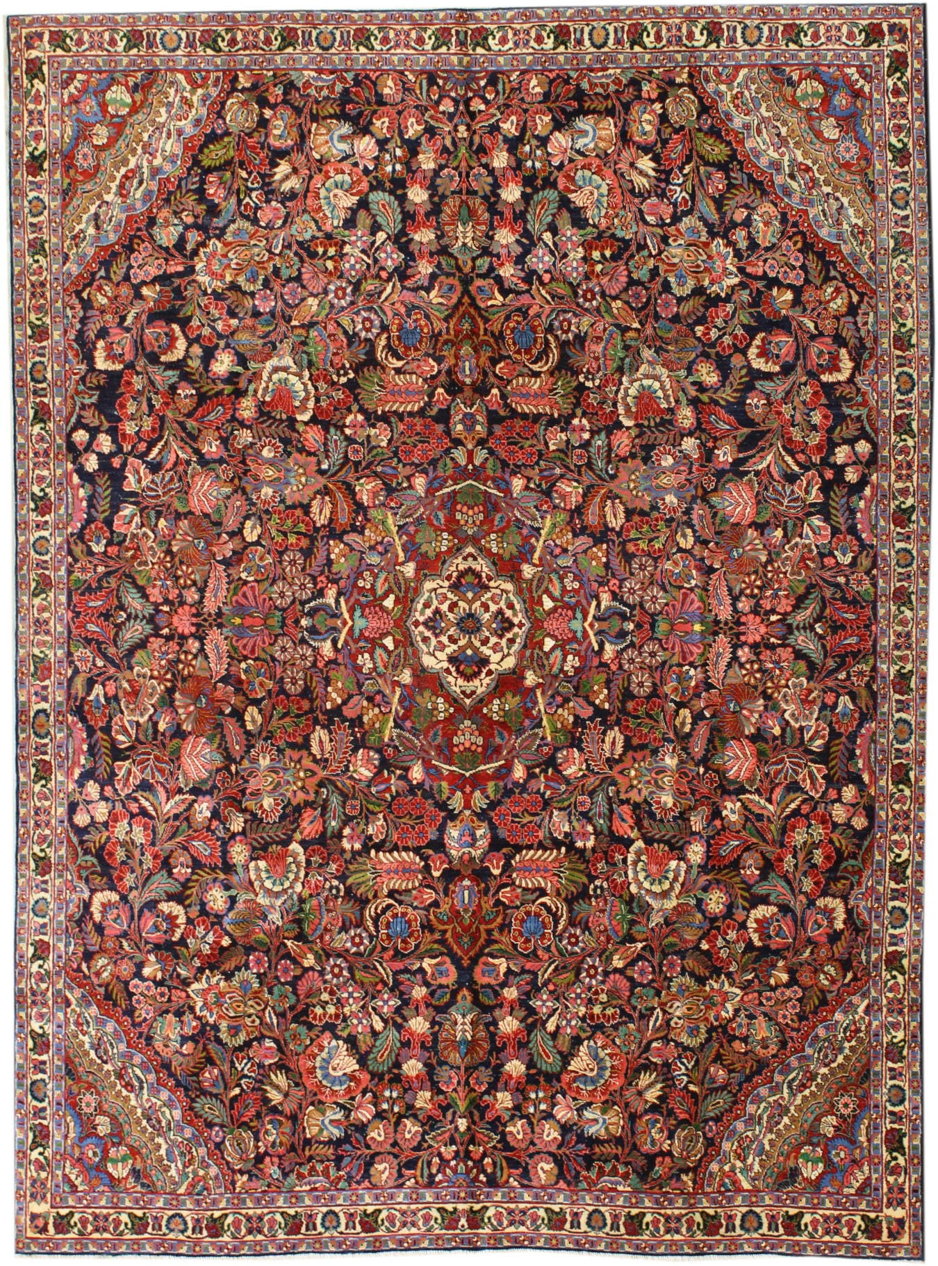 Antique Kazvin Handwoven Traditional Rug