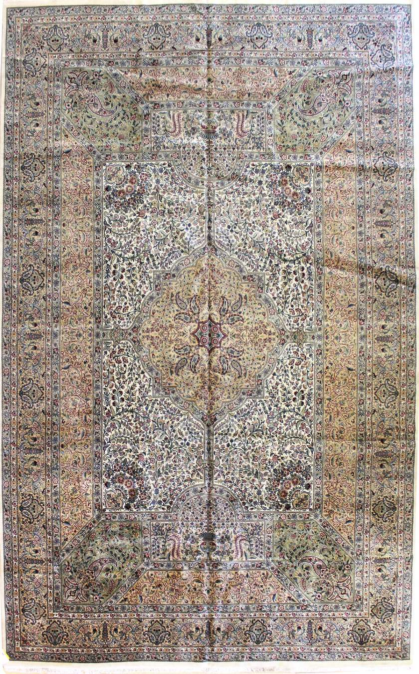 Lavar Handwoven Traditional Rug