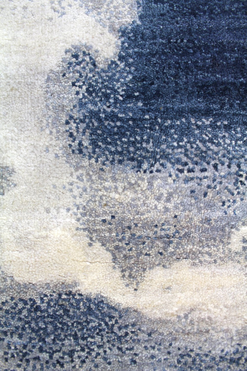 Cloud Sky Handwoven Contemporary Rug