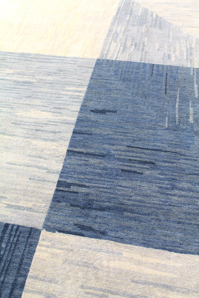 North And South Handwoven Contemporary Rug