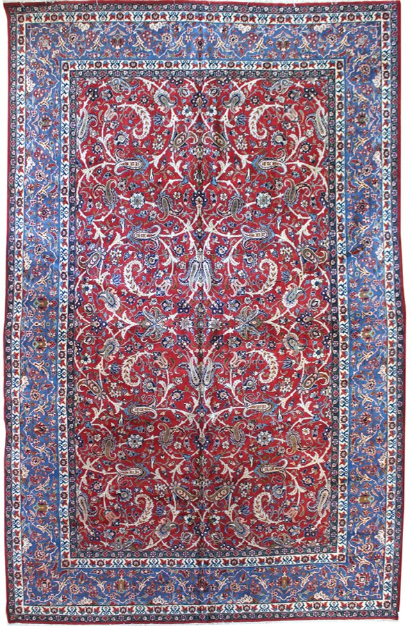 Antique Isfahan Handwoven Traditional Rug