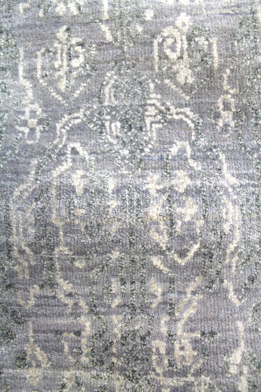 Fabric Handwoven Transitional Rug