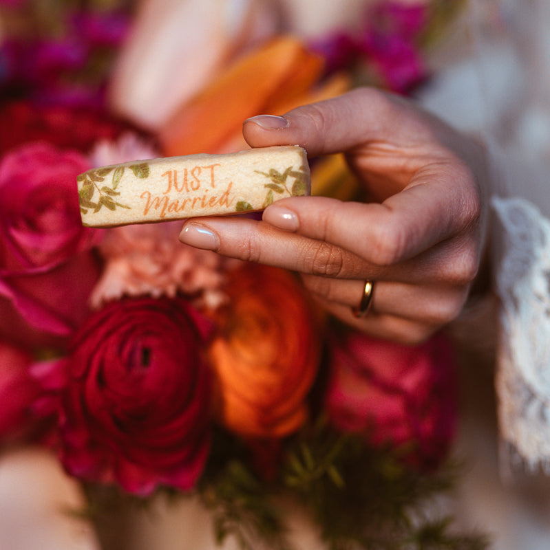 40 Biscotti Stick Just Married