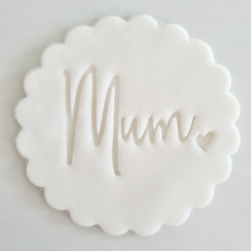 Mum Fondant Topper to sit above one cupcake