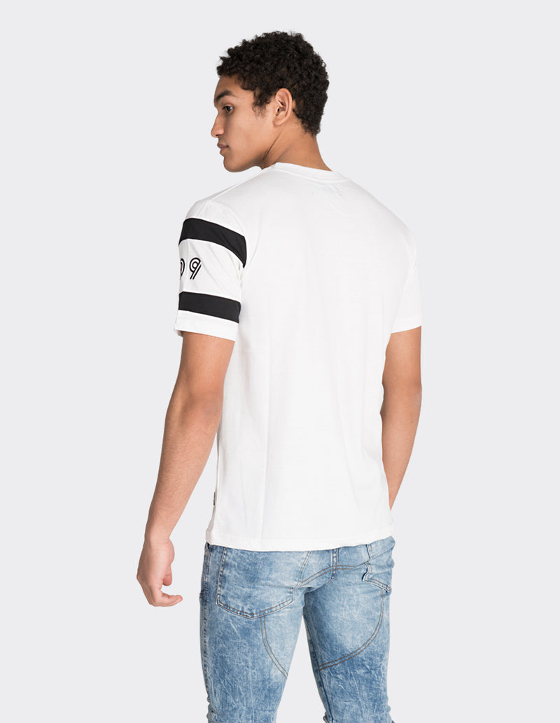 White front stripe printed t-shirt