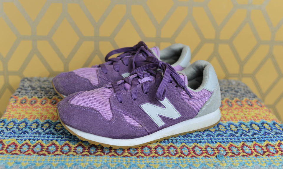 NEW BALANCE Women's/Girls Purple & Grey Trainers. Size 38. Pre-loved.