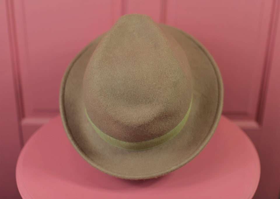 100% Wool Felt Fedora Men's Hat with Grosgrain Band, Made in Italy. Pre-loved.