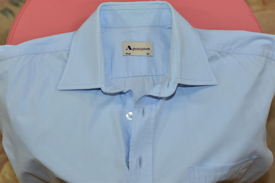 "Aquascutum Men's Pale Blue Short Sleeve Cotton Shirt in Pale Blue, 16"" Collar. Pre-loved."