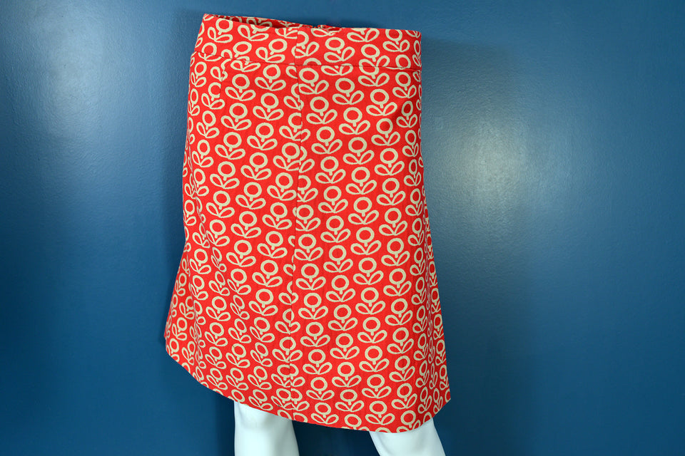 BODEN Women's Red Mini Skirt with Geometric Floral Print, Size 8R. Pre-loved.