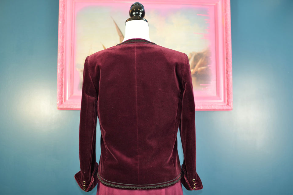 JAEGER Women's Burgundy Velvet Jacket, Size 10. Pre-loved, Vintage.