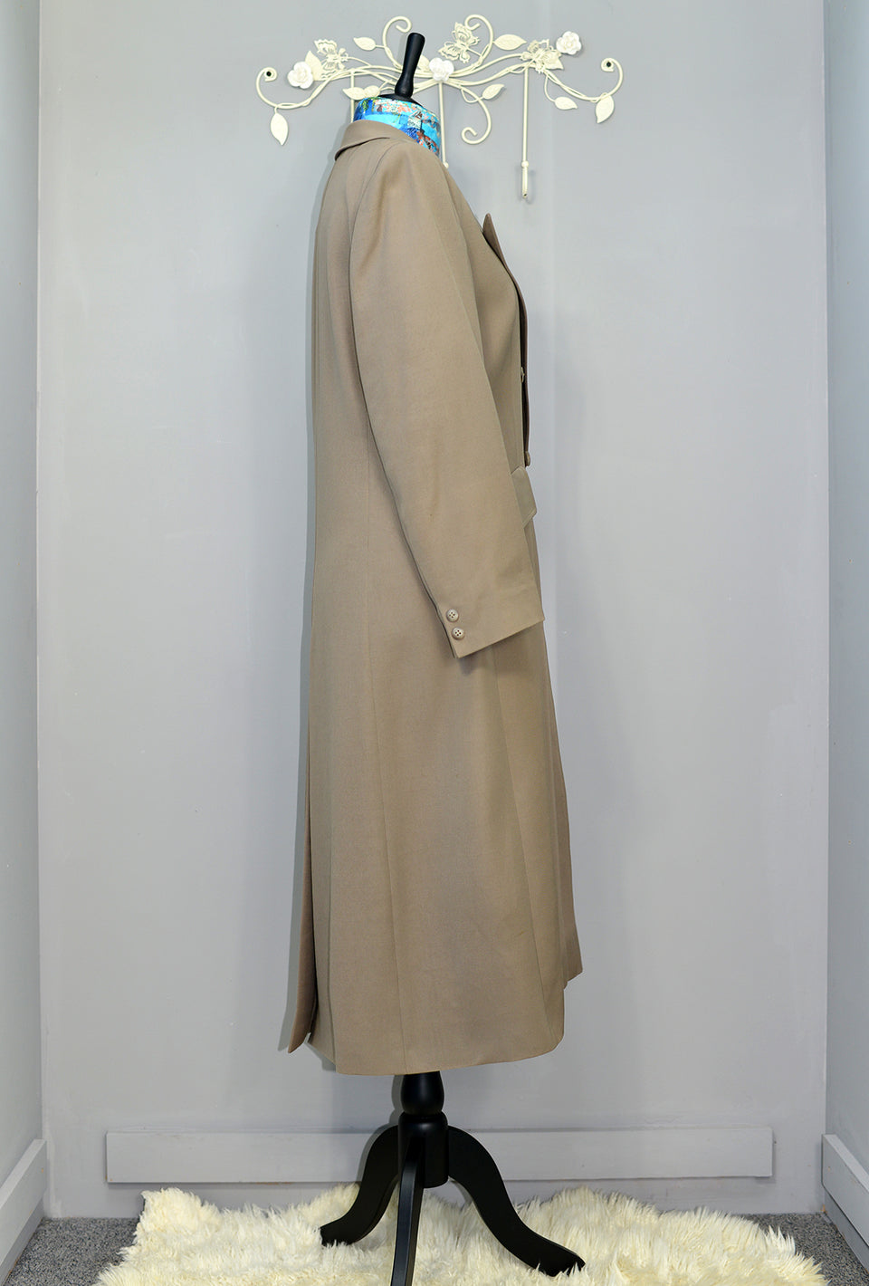 JAEGER Women's Double Breasted Longline Wool Overcoat, Size 14/16. Vintage.