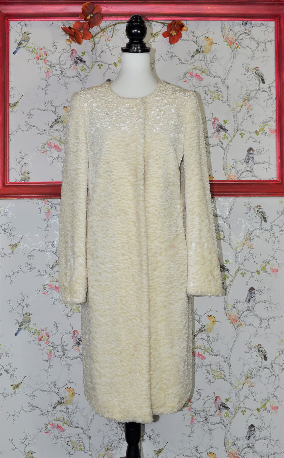 KAREN MILLEN Women's Soft White Faux Lambswool Coat. Size S. Pre-loved.