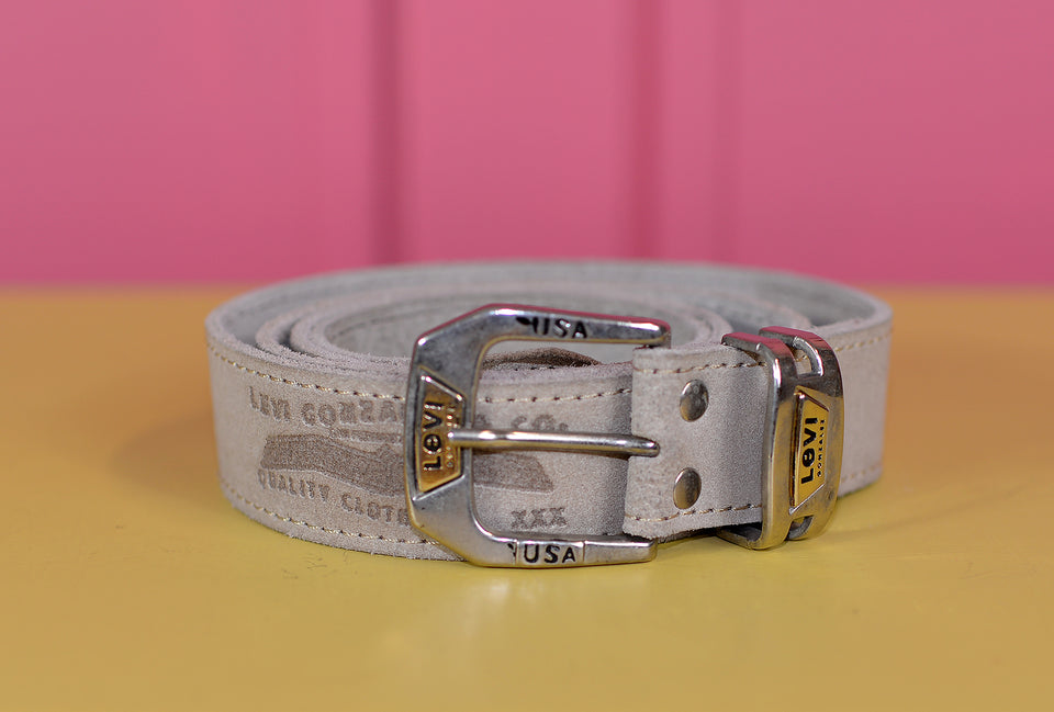LEVI'S Grey Suede Belt, Size 97-107cm. Pre-loved.