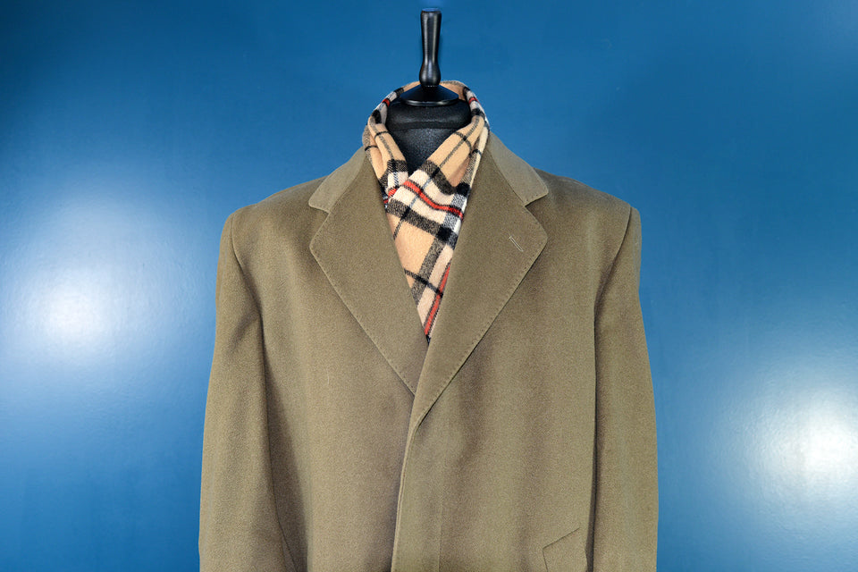 LORD/FUHREN Men's Vintage Khaki/Olive Green Long Overcoat. Size XXL. Pre-loved.