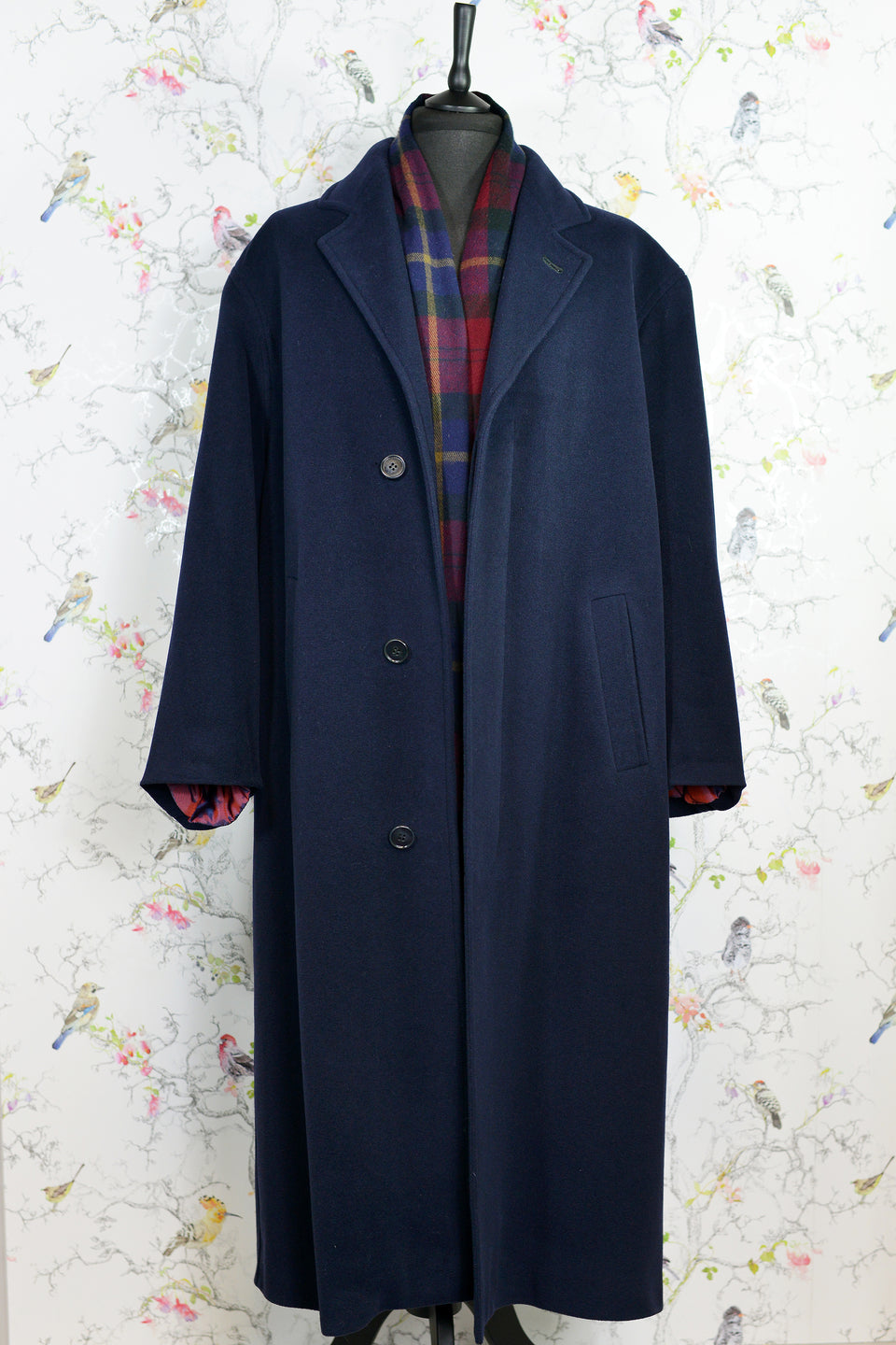 Wool and Cashmere Blend, Men's Long Navy Winter Coat, Size 40. Pre-loved.