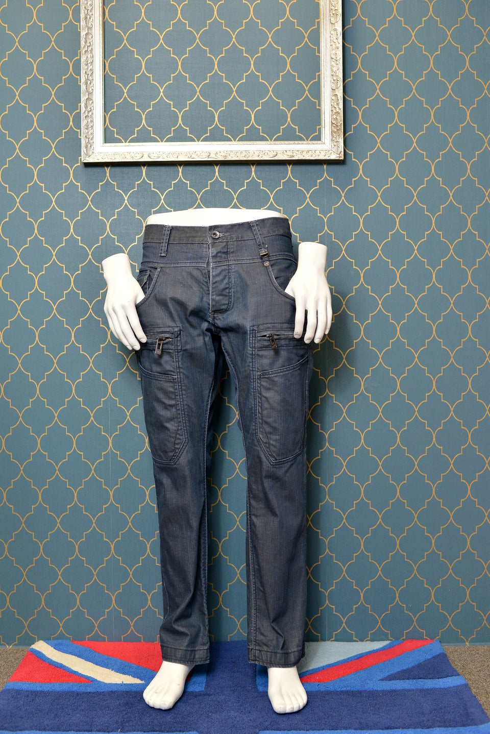 POLICE 883 Men's Jeans, Size 34 x 30. Pre-Loved