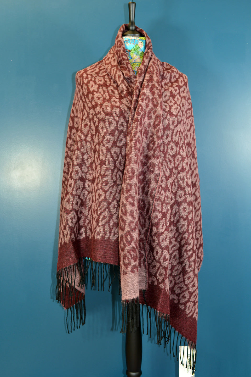 DENNIS BASSO Large Purple Leopard Print Scarf. New with Tags.