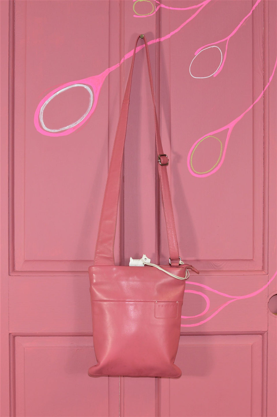 Radley Soft Pink Cross Body Leather Bag. Pre-loved.