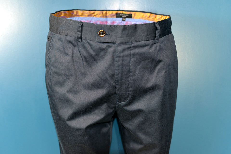 TED BAKER Men's Navy Cotton Formal Style Trouser, 34R. Pre-loved.