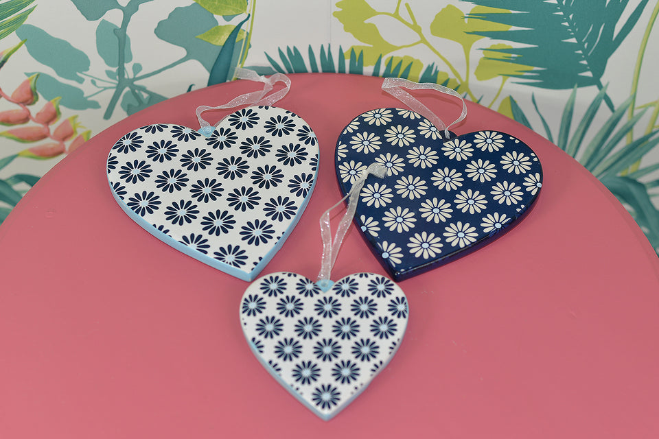 Set of Three Ceramic Hanging LOVE HEARTS in Blue Daisy Print. Pre-loved.
