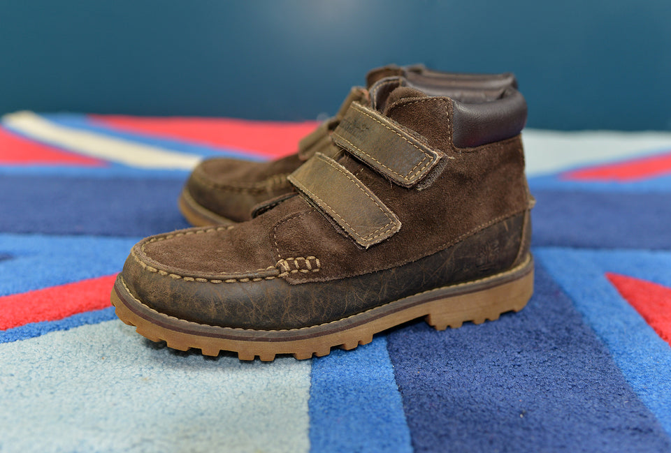 TIMBERLAND Boys Brown Suede & Leather Boots, Size 3UK. Pre-loved.
