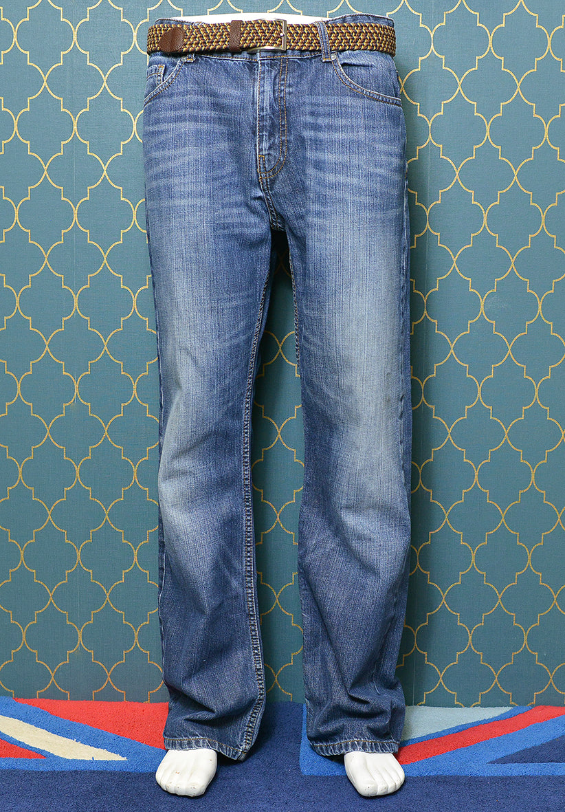 TIMBERLAND Men's Medium Blue Denim Jeans, Regular Fit Stright Leg Size 33. Pre-loved.