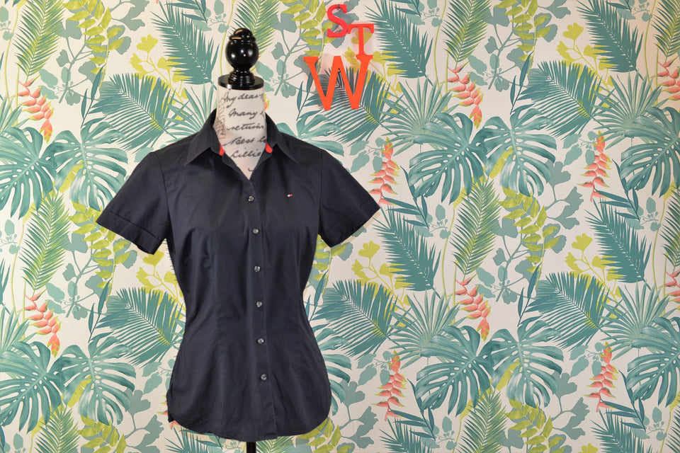 TOMMY HILFIGER  Women's Navy Short Sleeve Blouse, Size 8. Pre-loved.