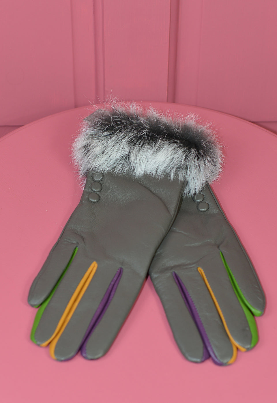 VERA TUCCI Leather 'Touch Screen' Gloves with Faux Four, Multi Colour. New with tags.