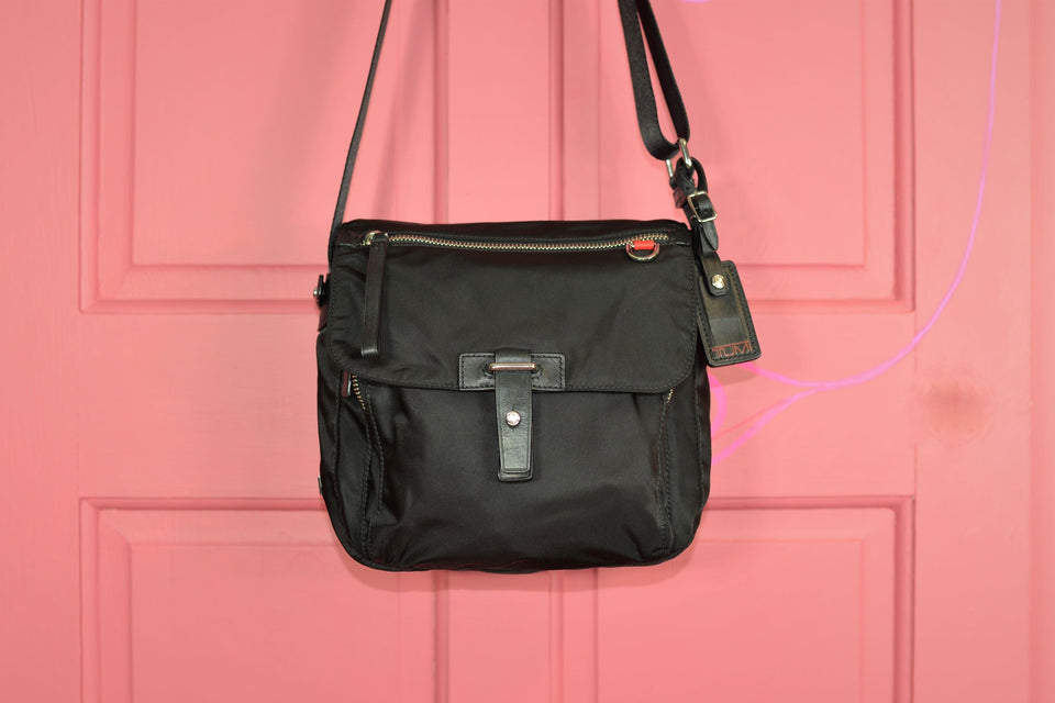 TUMI Men's Cross Over Black Nylon and Leather Messenger Bag. Like new.
