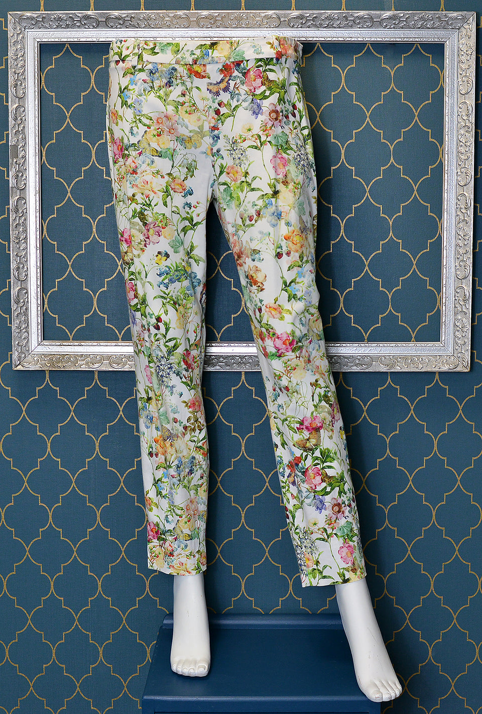 ZARA Women's White & Floral Print Trousers. Size L. Pre-loved.