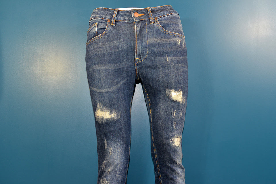 ZARA Man Skinny Fit Distressed Blue Jeans, Size 32''x31''. Pre-loved.
