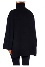 Load image into Gallery viewer, Rennes Oversize Sweater