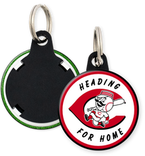 Load image into Gallery viewer, Cincinnati Reds Button Keyring Keychain