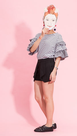Black stripe frill sleeves tee