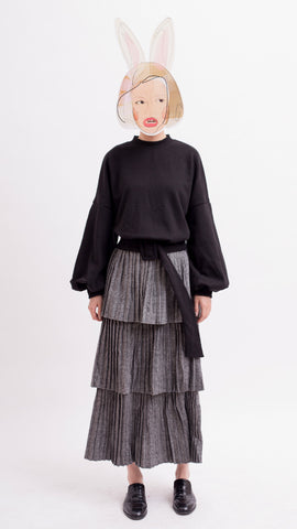 Black puff sleeves sweatshirt with belt