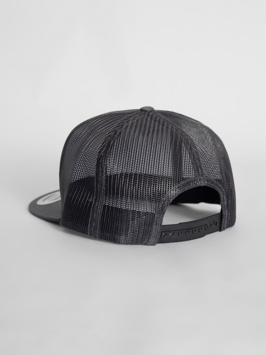 Snap-back cap in grey w/ charcoal mesh - bustleclothing.shop