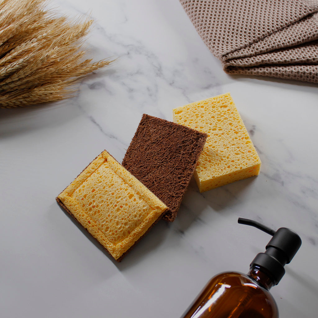 Plastic-free, compostable, sustainable, eco friendly sponges from HappyHusks