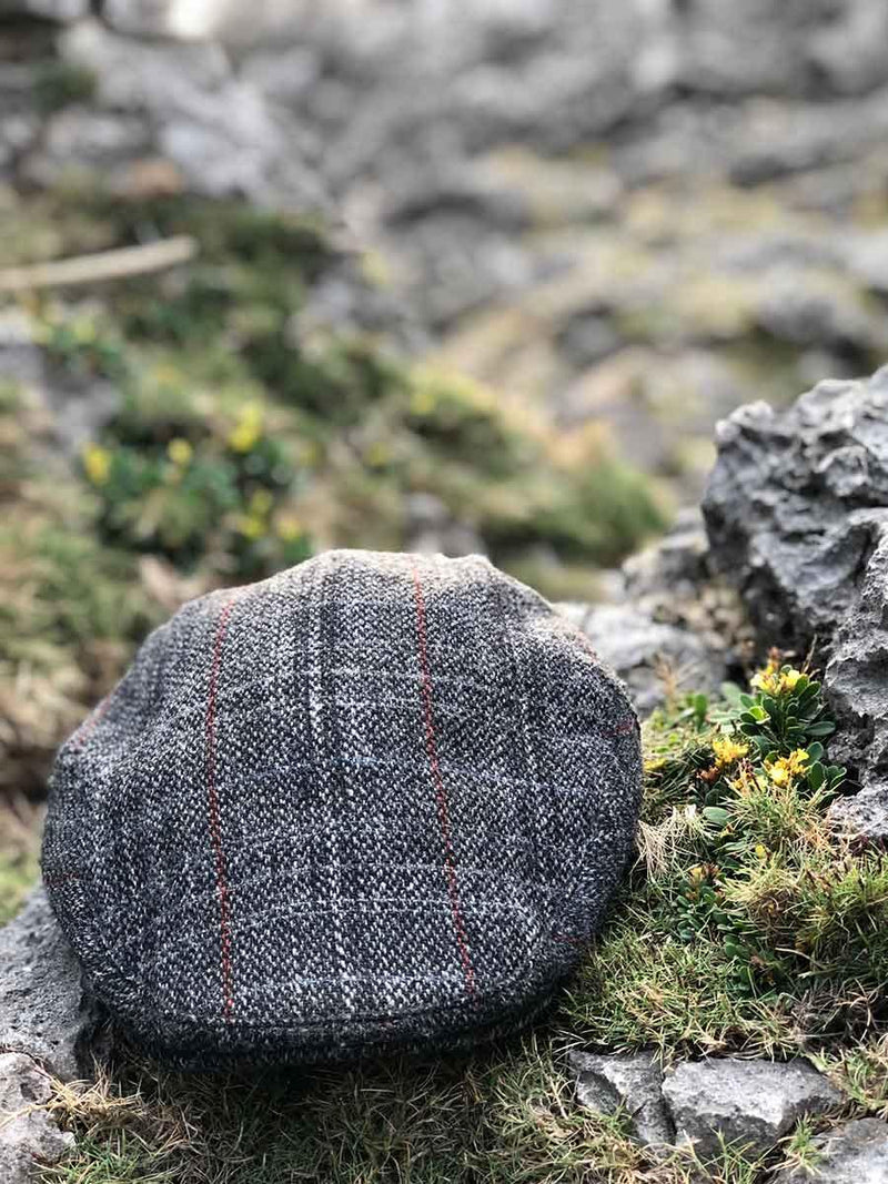 Ambleside Flat Cap in Carson Harris Tweed - Poe and Company Limited - Flat Cap - Flat Cap