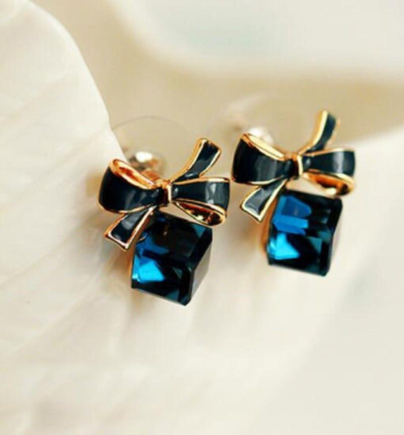 Bowknot Cube Crystal Square Earrings - earringsly
