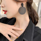 Mandala Detailed Vintage Black Earrings - earringsly