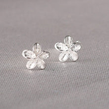 Load image into Gallery viewer, Reeti Crown 925 Sterling Silver Stud Earrings