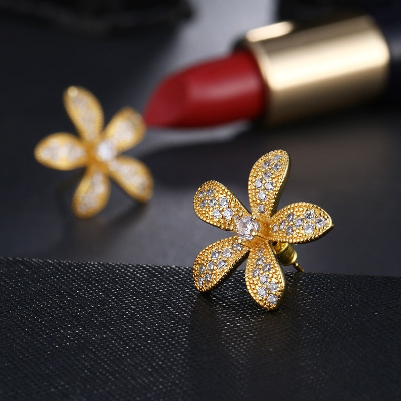 Zirconia Flower Shape Stud Earrings
