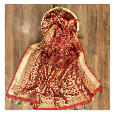 RED SILK DUPATTA / STOLES