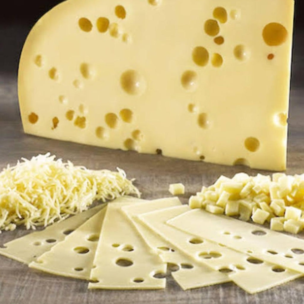 Emmental cheese / 100 gr