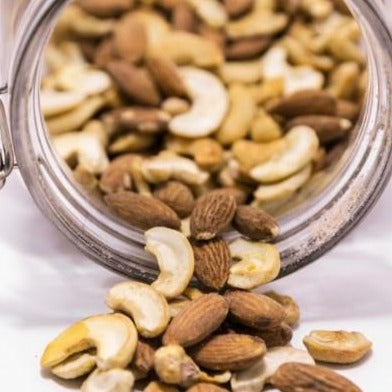 Mixed Roasted Nuts Almonds and Cashews / Gram