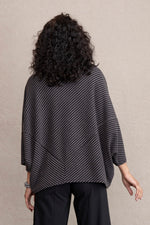 Load image into Gallery viewer, Dot Fleece Poncho