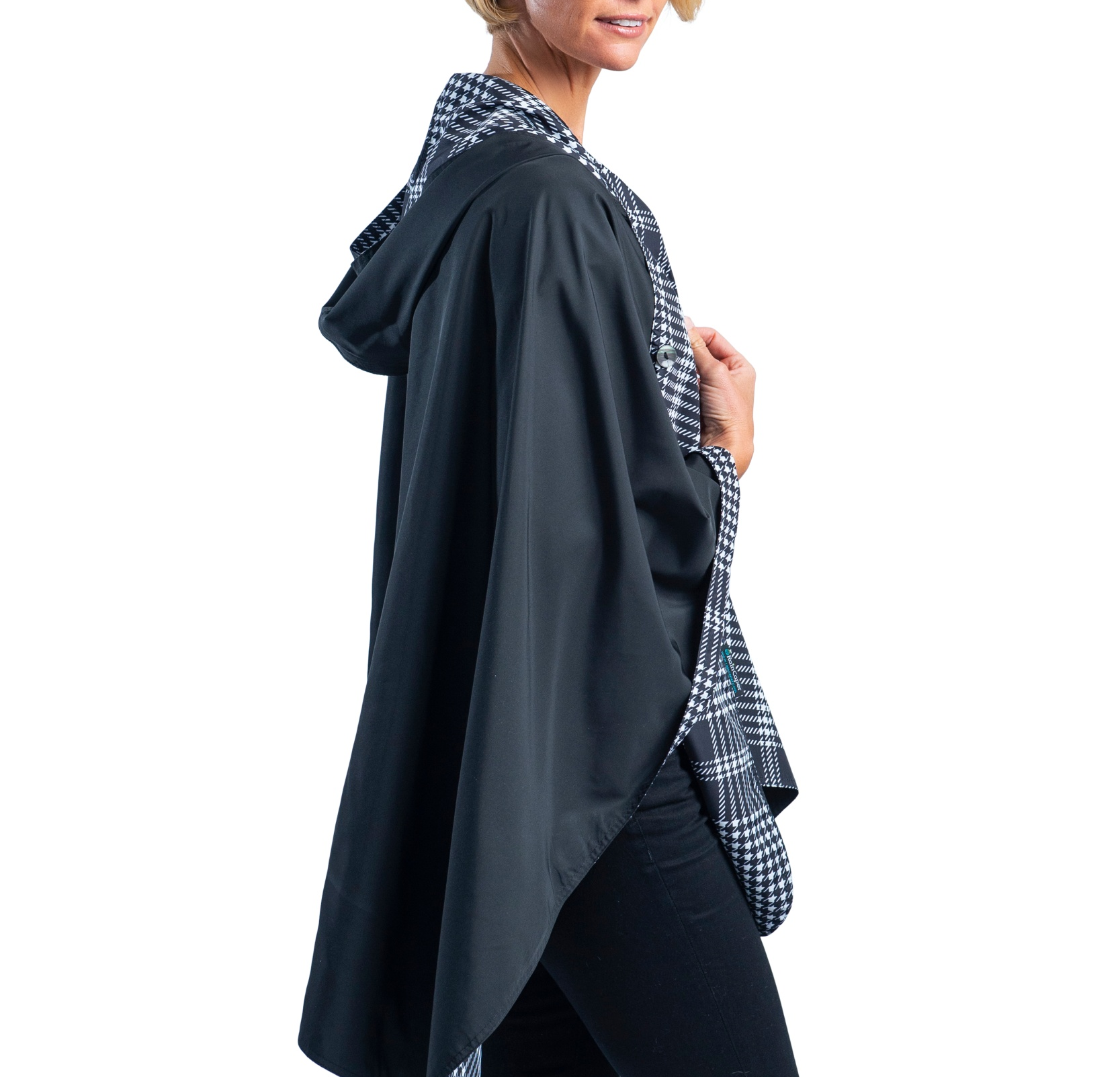 Reversible Travel Cape in Black & White Houndstooth Plaid