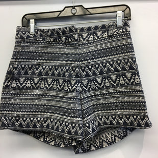 Primary Photo - BRAND: ANN TAYLOR LOFT O STYLE: SHORTS COLOR: BLUE WHITE SIZE: 8 SKU: 205-205250-76804
